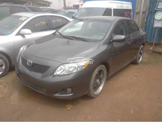 2008 Toyota Corolla grey