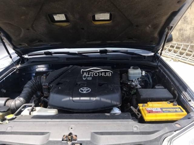 2005 Toyota 4 Runner Blue