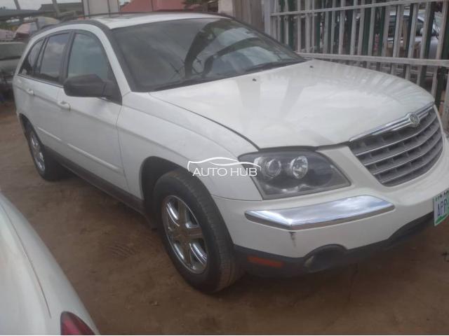 2005 Chrysler Pacifica White
