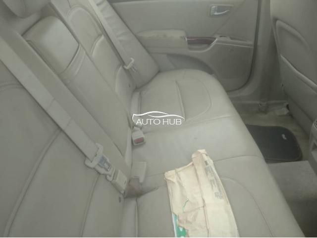 2005 Hyundai Azera Black