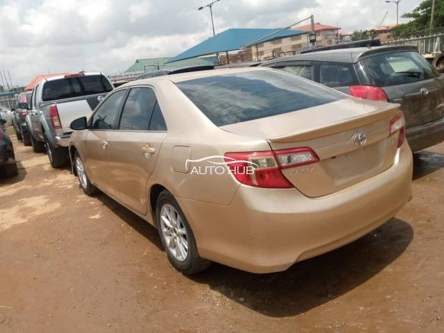 2013 Toyota Camry Gold