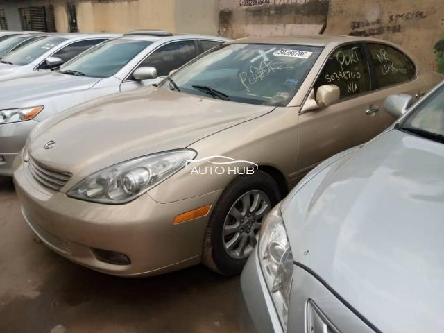 2003 Lexus ES300 Gold