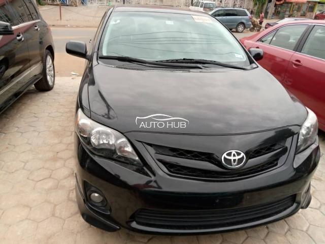 2013 Toyota Corolla Black