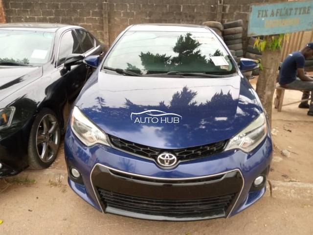 2014 Toyota Corolla Blue