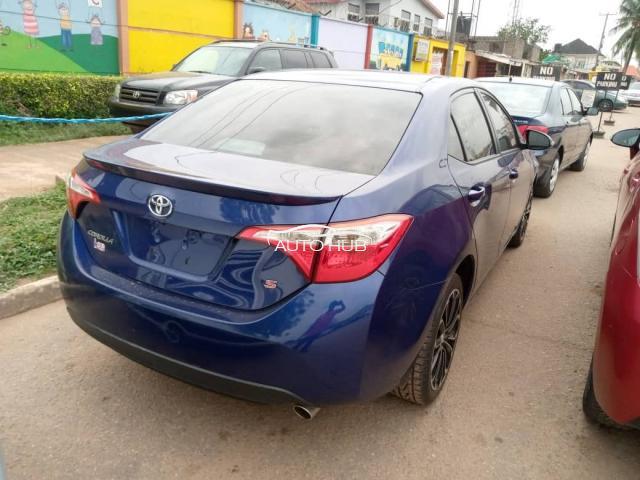 2016 Toyota Corolla Blue