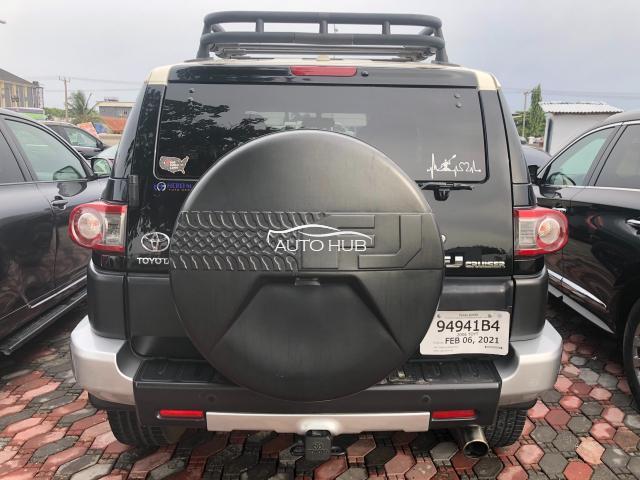 Toyota FJ Cruiser 2012 Black