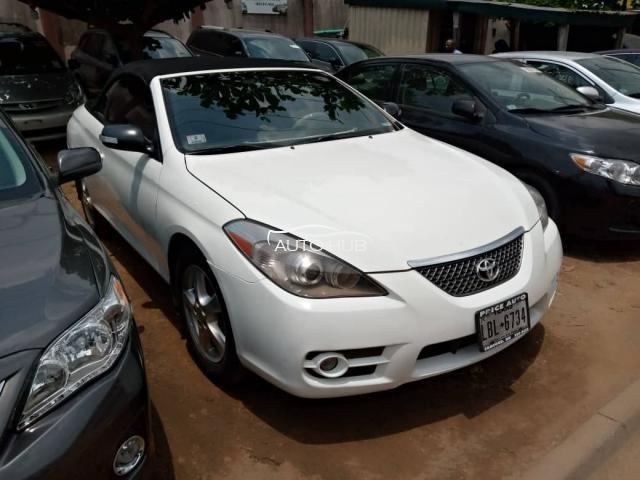 2007 Toyota Solara White