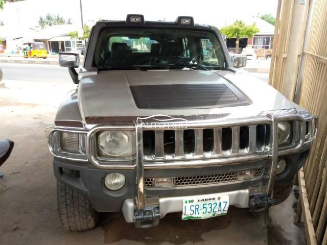 2007 Hummer H3 Silver