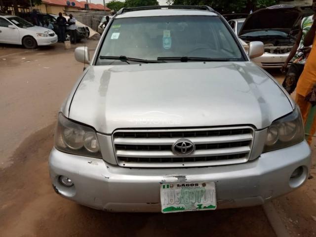 2003 Toyota Highlander Silver