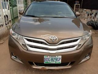 2010 Toyota Venza Grey