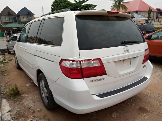 2006 Honda Odyssey White