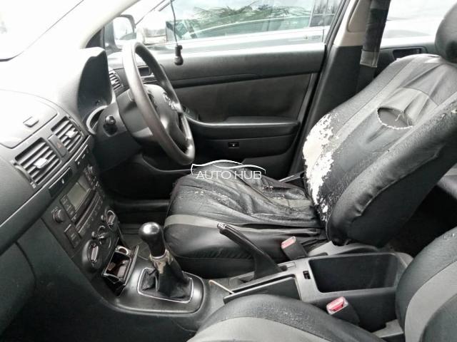 2002 Toyota Avensis Silver