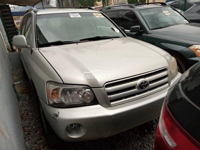 2005 Toyota Highlander Silver