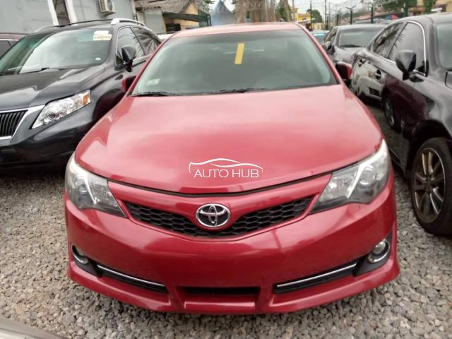 2013 Toyota Camry Red