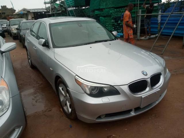 2008 BMW 525XI Silver