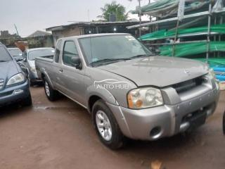2004 Nissan Frontier Silver
