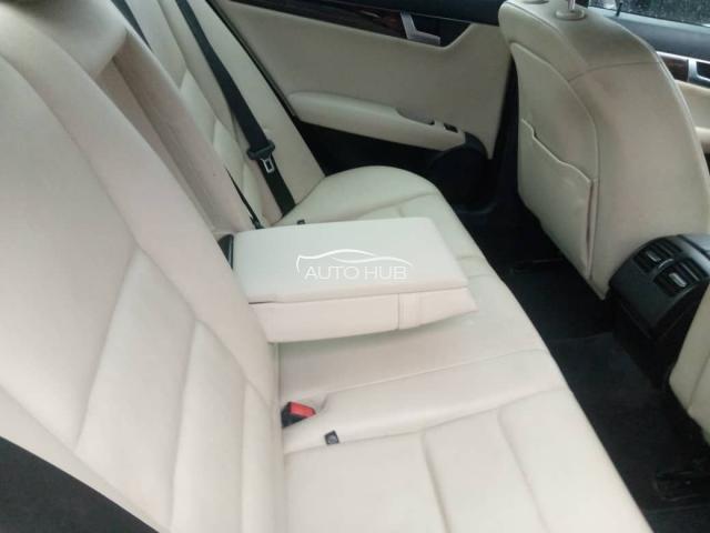 2014 Mercedes Benz C-250 Black
