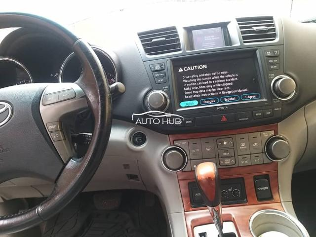 2008 Toyota Highlander Wine