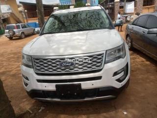 2018 Ford Explorer White