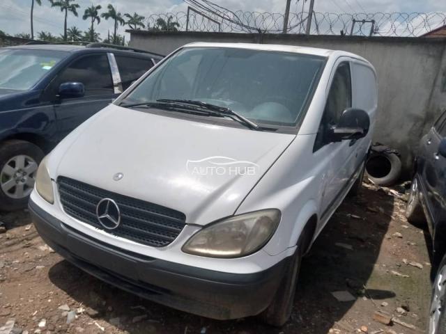 Mercedes-Benz Vito White
