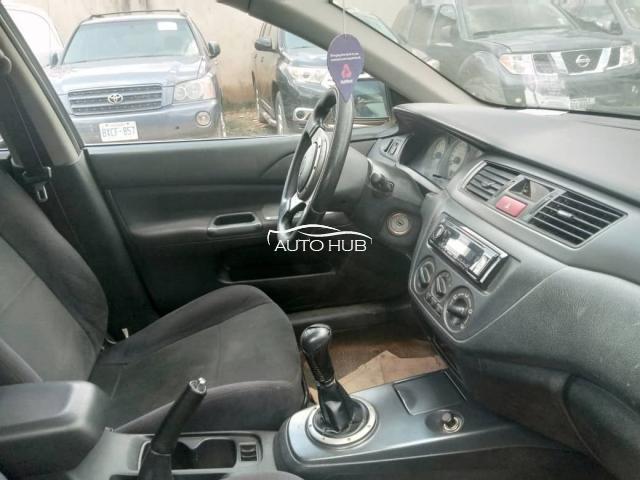 2007 Mitsubishi Lander Black