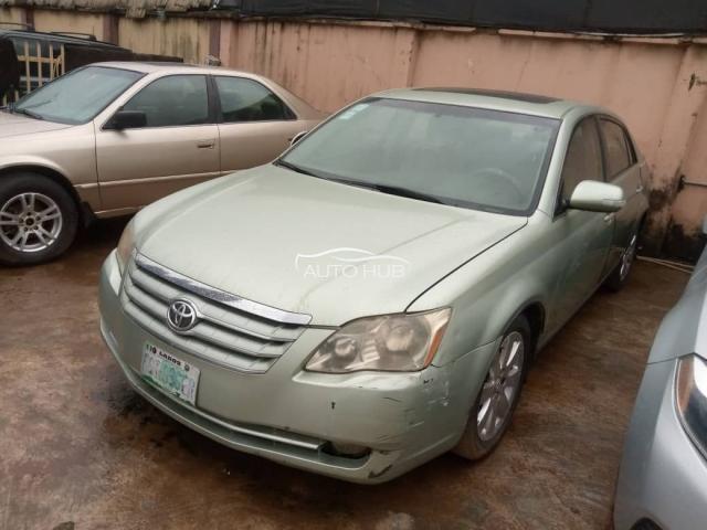 2008 Toyota Avalon Green