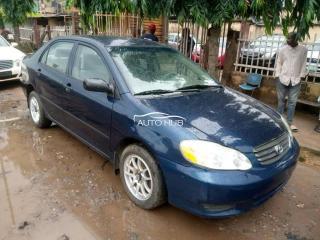2004 Toyota Corolla Blue