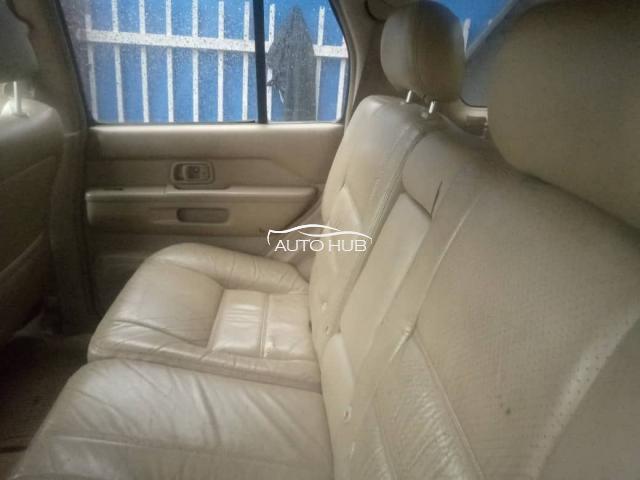 2002 Nissan Pathfinder Gold