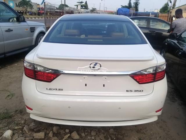 2014 Lexus ES350 White