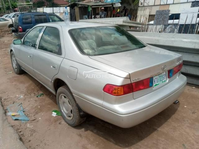 2000 Toyota Camry Silver