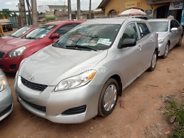 2009 Toyota Matrix Silver