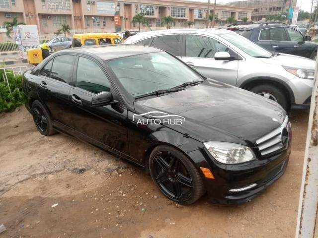 2011 Mercedes-Benz C350 Black