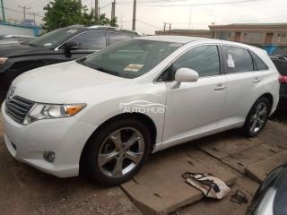 2009 Toyota Venza White