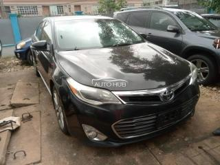 2015 Toyota Avalon XLE Black