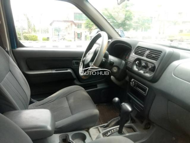2005 Nissan Frontier Blue