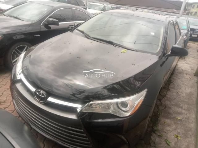 2016 Toyota Camry Black
