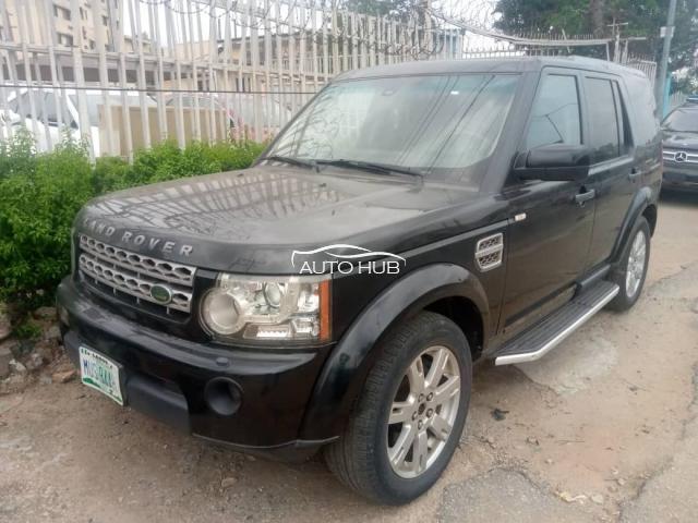 2011 Land Rover LR Black