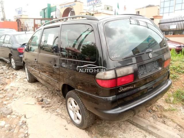2000 Volkswagen Sharon Black