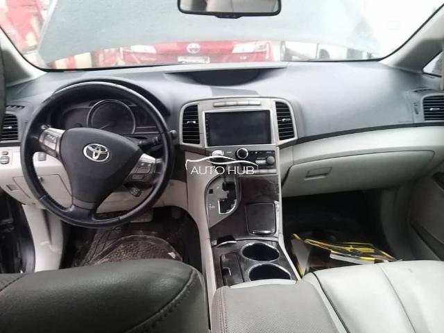 2011 Toyota Venza Black