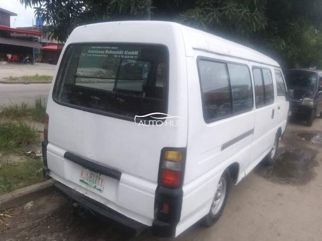 1998 Mitsubishi L300 White