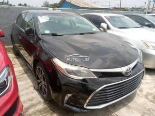 2018 Toyota Avalon Black