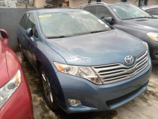 2010 Toyota Venza Blue