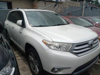 2012 Toyota Highlander White