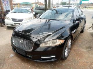 2014 Jaguar XL Black