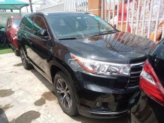 2016 Toyota Highlander XLE Black