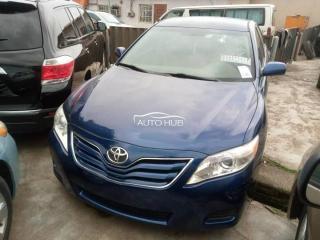 2011 Toyota Venza Blue