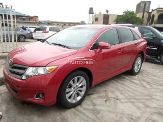2014 Toyota Venza Red