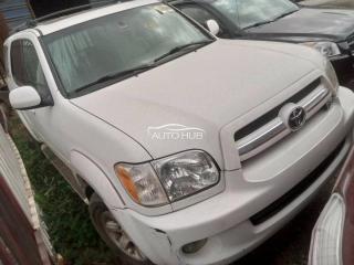 2007 Toyota Sequoia White