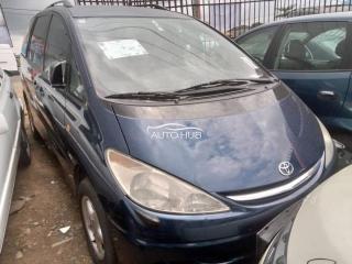 2001 Toyota Previa Grey