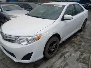 2013 Toyota Camry White